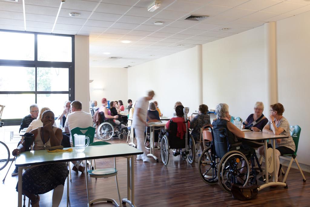 Espace cafeteria des adultes