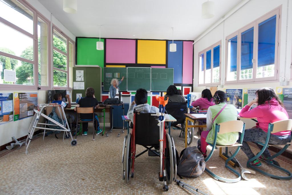 Salle de classe pour les élèves de Cinquième et Sixième